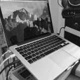 Mac book proと同化するデザイン!Spinidoノート PC スタンド silver (TI-Station)